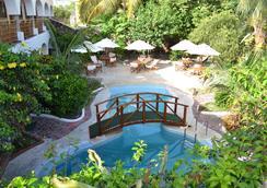 Hotel Silberstein - Puerto Ayora - Pool