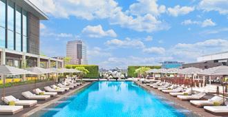 台北 W 飯店 - 台北 - 游泳池