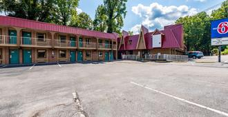 Motel 6 Gatlinburg Smoky Mountains - Gatlinburg - Edificio