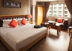 Alagon Central Hotel & Spa - Ho Chi Minh City - Bedroom