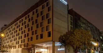 Pullman Lima San Isidro - Lima - Building