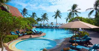 Bo Phut Resort & Spa - קו סאמוי - בריכה