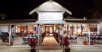 Mission Beach Resort - Mission Beach - Building