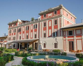 Park Hotel Villa Potenziani - Rieti - Building