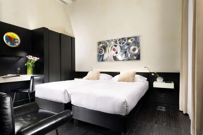 Hotel L'orologio Venezia - Venice - Bedroom