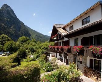 Das Posch Hotel - Oberammergau - Building