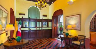 Hacienda Puerta Campeche, a Luxury Collection Hotel, Campeche - Campeche - Front desk