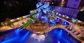 Ananta Burin Resort - Ao Nang - Pool