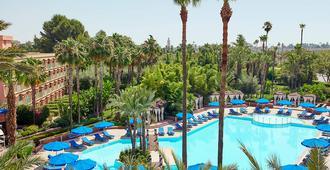 美麗典費斯酒店 - 馬拉喀什 - 馬拉喀什 - 游泳池