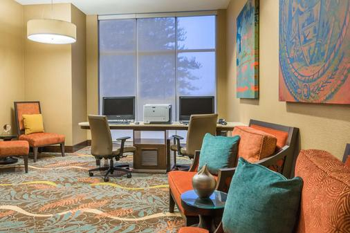 Homewood Suites by Hilton Little Rock Downtown - Little Rock - Business center
