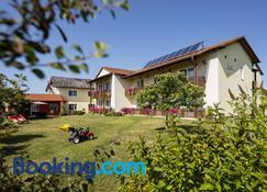 Hotel-Restaurant Teuschler-Mogg - Bad Waltersdorf - Building