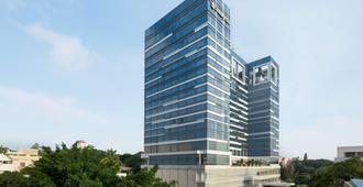 Shangri-La Hotel, Bengaluru - Thành phố Bangalore - Toà nhà