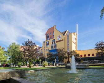 Best Western Hotel Dreilaenderbruecke - Вайль-на-Рейне - Здание