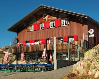 Berggasthaus Sustenpass-Hospiz - Wassen - Gebouw