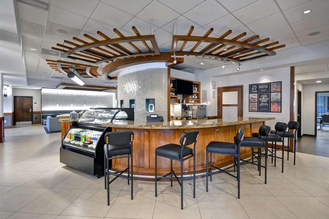 Hyatt Place Miami Airport Doral - Doral - Bar