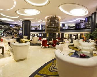 Grand Millennium Hotel Amman - Amã - Lounge