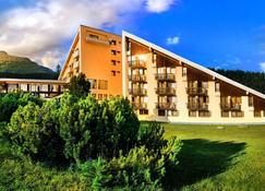 Hotel FIS - Strbske Pleso - Bygning