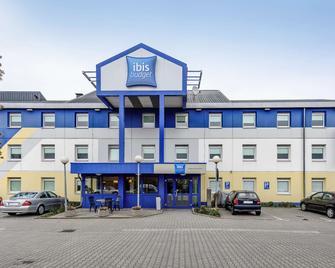 Ibis Budget Nuernberg Tennenlohe - Ерланген - Building