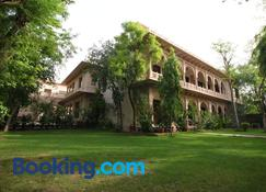 The Birders Inn - Bharatpur - Building