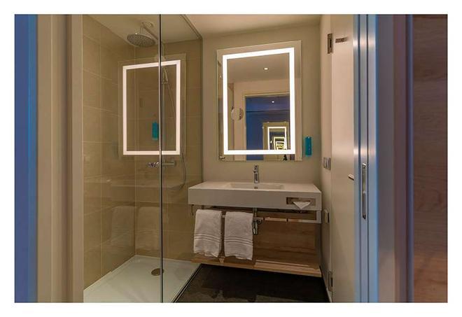 roomz Vienna Prater - Vienna - Bathroom
