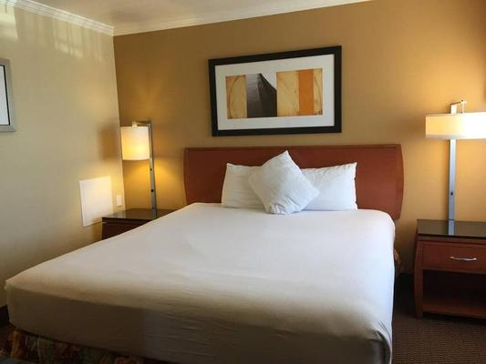 Hotel Aspen Innsuites Flagstaff/Grand Canyon - Flagstaff - Phòng ngủ