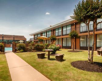 Best Western Greenville Airport Inn - Greenville - Edificio