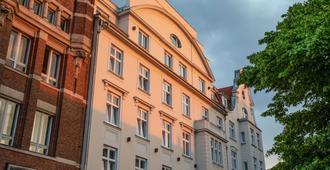the niu Rig - Lübeck - Building