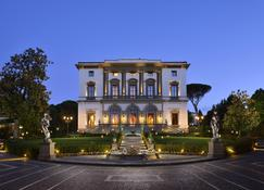 Villa Cora - Florence - Building