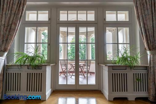 Aparthotel Villa Freisleben - Dresden - Balcony