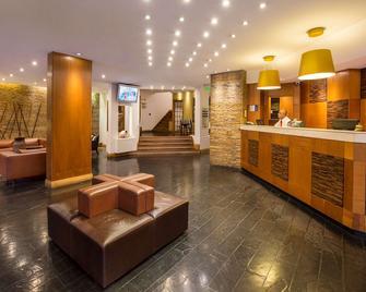 馬里納德雷貝斯特韋斯特酒店 - 維納德爾瑪 - 維納得瑪 - 櫃檯