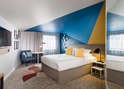 Golden Tulip Aix En Provence - אקס אה פרובאנס - חדר שינה