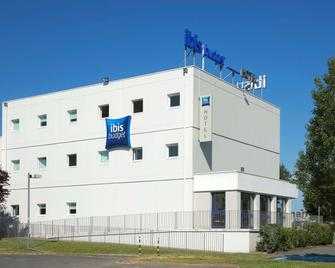 ibis budget Poitiers Sud - Poitiers - Building