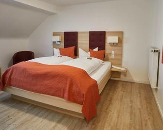 Hotel Zur Traube - Velbert - Habitación
