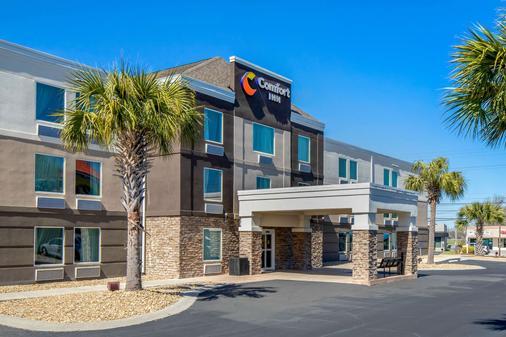 Comfort Inn near Barefoot Landing - North Myrtle Beach - Building