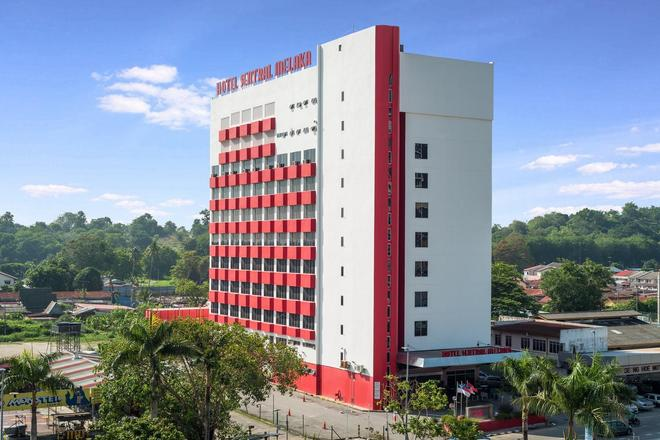 Hotel Sentral Melaka - Malacca - Building