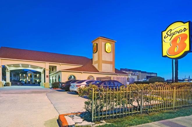 休斯頓機場南速 8 酒店 - 休士頓 - 休士頓 - 建築