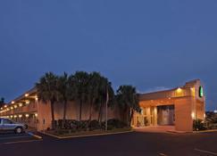 La Quinta Inn by Wyndham New Orleans Slidell - Slidell - Edificio