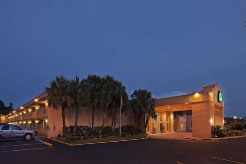 La Quinta Inn by Wyndham New Orleans Slidell - Slidell - Κτίριο