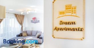 Dream Apartments - Braşov - Wohnzimmer