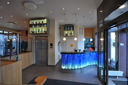 Best Western Hotel Royal - Malmö - Front desk