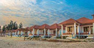 Ngapali Paradise Hotel - Thandwe