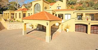 12 on Hillel Guest Manor - Johannesburg - Building