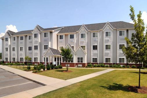 Microtel Inn & Suites by Wyndham Huntsville - Huntsville - Toà nhà