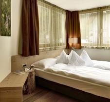 Color Home Suite Apartments