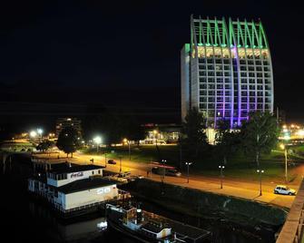 Hotel Dreams Pedro de Valdivia - Вальдивия - Здание