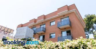 Aparthotel Bardon - Castelldefels