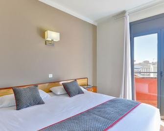 Hostal Alberana - Verges - Bedroom