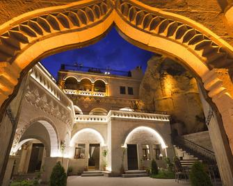 Roma Cave Suite Hotel - Göreme - Building