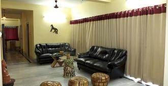Simurg- AK50 New Town - Calcuta - Sala de estar