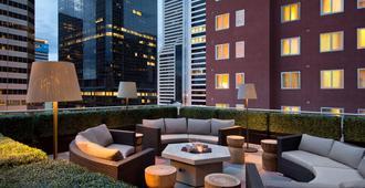 Residence Inn by Marriott Denver City Center - דנבר - פטיו